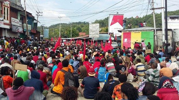 A large peaceful demonstration in Jayapura in support of the United Liberation Movement for West Papua. Photo: Tabloid Jub